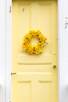 Yellow Door and Daffodil Wreath_9850 (CH)