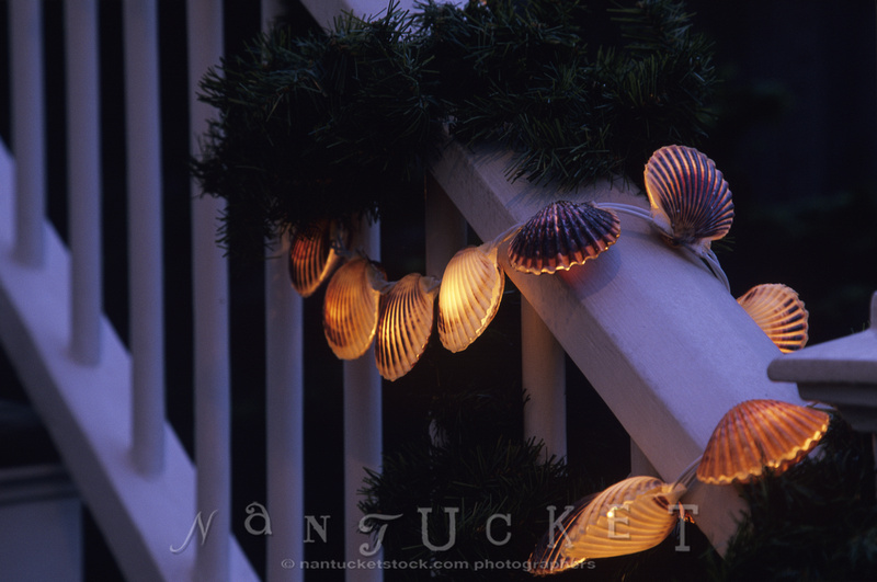 nantucketstock christmas holiday stroll scallop shell christmas lights_85 1762 35 ch
