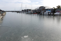 South Wharf and Boat Basin in Ice (CH)