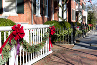 Main Street holiday fencing (CH)